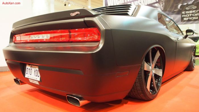 Dodge Challenger 2009 Tuning Royal Freshness 3500 cc V6 250 hp, D2 Racing Airride, Noirwheels Airliners 9j x R22, 392 Front lip
