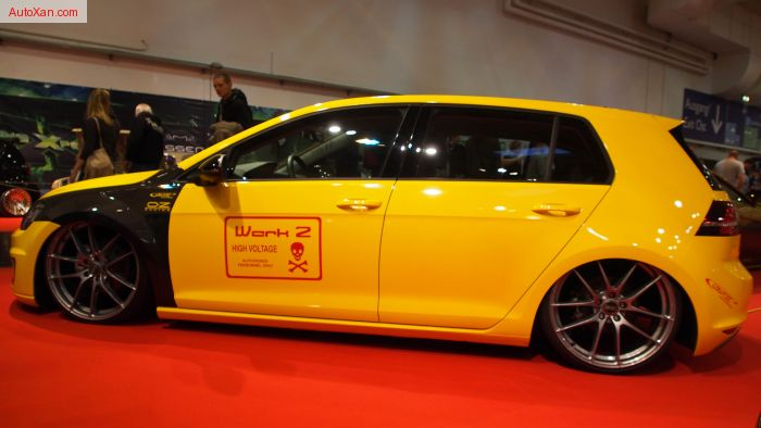 Volkswagen e-Golf 2015 100% elektrish Motor 85kW, Lowtec Airroc Airride-Fahrwerk, OZ Leggera 8.5j x R20, Yellow-Cab