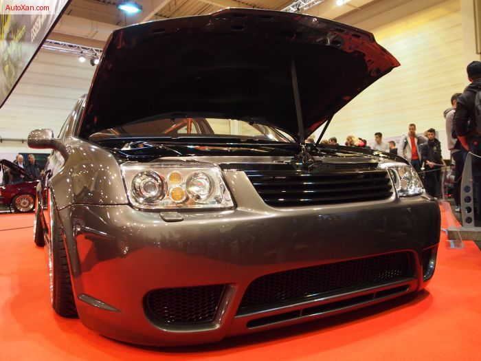 Volkswagen Golf Mk IV 2.8 V6 2000 Tuning 204 hp, Lowered by full independent controllable custom air-suspension