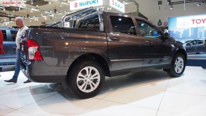 SsangYong Actyon Sports e-XDi220 Diesel MT 4WD Quartz
