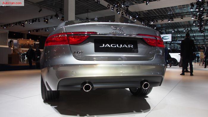 Jaguar XF 3.0 L V6 TD 300ch
