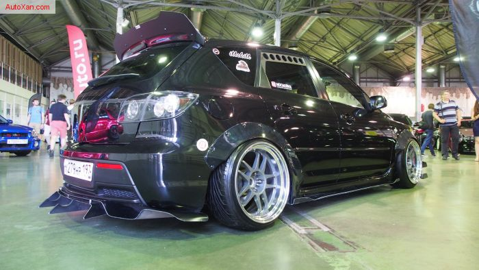 Mazda 3 MPS Tuning Low stance