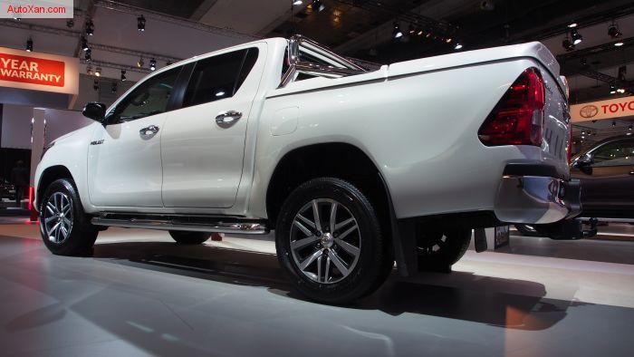 2017 Toyota Hilux Double Cab 2.4D-4D 150hp